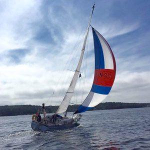 Bestum sjøspeiderne båt i vinden